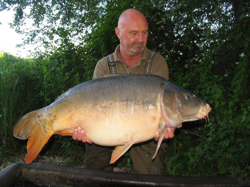 Chis and 55lb mirror